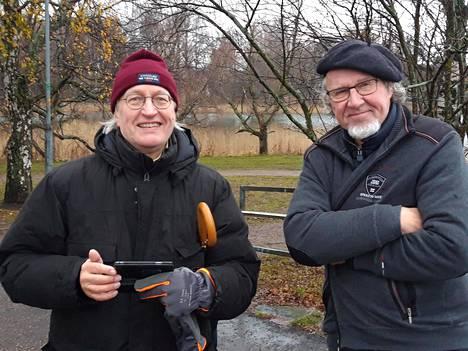 Helkkari, selvitetään, sanoi Antti Matilainen (vas), kun Juhana Ylinen äskettäin kertoi poikavuosien patruunahavainnosta.