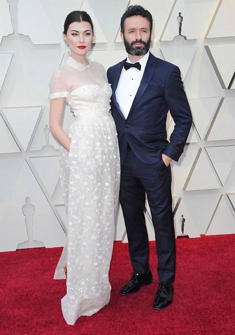 Näyttelijä Marta Nieto ja elokuvaohjaaja Rodrigo Sorogoyen.