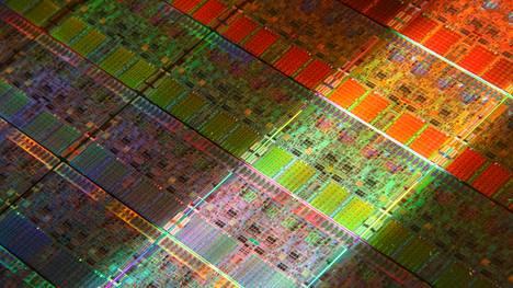 Intelin prosessorisiruja piikiekolla.