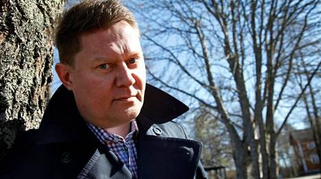 Pertti Salovaara avioitui lapsensa äidin kanssa lauantaina.