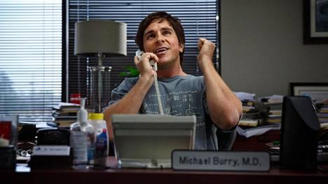 Michael Burry (Christian Bale) oli yksi harvoista, joka aavisti vuoden 2008 pankkiromahduksen ennalta.