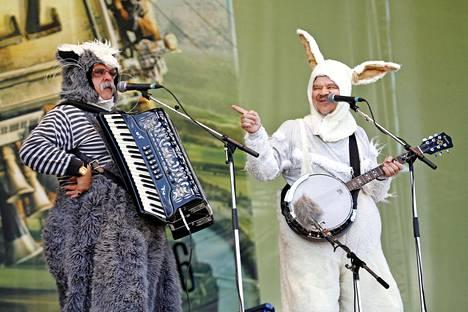 Pommi-kissa ja Gommi-jänis Pori Jazz Kids -festivaaleilla 2006.