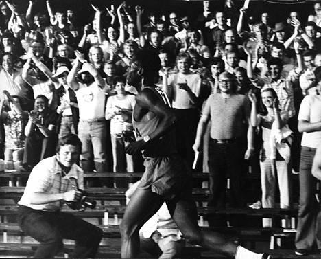 Ben Jipcho oli juhlittu sankari Helsingin Olympiastadionilla kesäkuussa 1973.