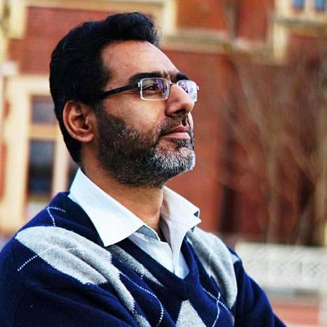 Naeem Rashid yritti estää ampujaa, mutta haavoittui tilanteessa vakavasti ja kuoli myöhemmin sairaalassa.