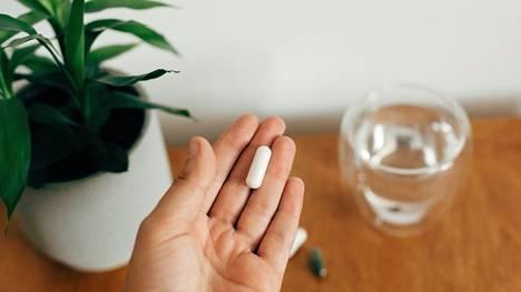 Koska magnesiumia on lähes kaikissa elintarvikkeissa, terveellä ihmisellä ravinnosta johtuva magnesiumin puutostila on erittäin harvinainen.