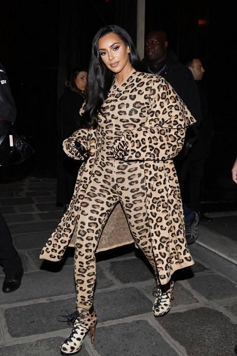 Kim Kardashian Pariisissa maaliskuun alussa.