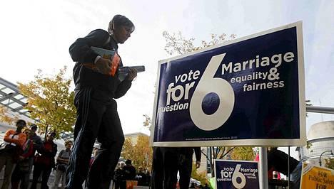 Marylandissa järjestettiin kansanäänestys lakiesityksestä joka mahdollistaa homo- ja lesboparien siviiliavioliitot. Lakiesitys sai enemmistön tuen taakseen.