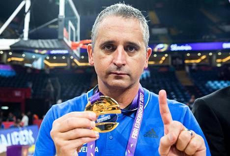 Igor Kokoskov voitti viime kesänä Slovenian valmentajana EM-kultaa. Nyt hän pääsee kokeilemaan siipiään päävalmentajana NBA:ssa.