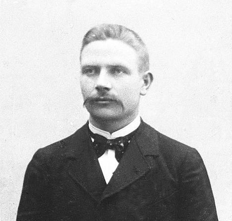 Maatalon isäntä Kustaa Laine oli kansalaissodan syttyessä 43-vuotias.