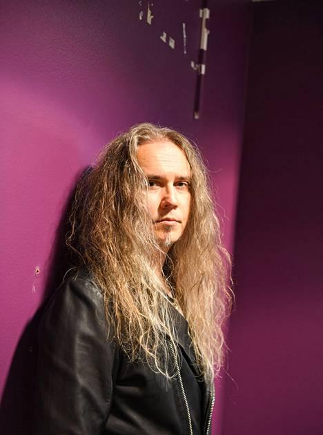 Jarkko Ahola tuli suurelle yleisölle tutuksi Tähdet tähdet -ohjelmasta vuonna 2015.