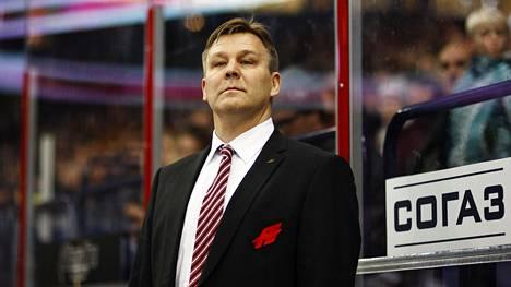 Raimo Summanen valmensi KHL-joukkue Omskia useampaan otteeseen.