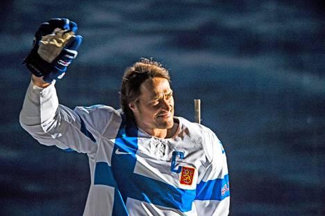 Jääkiekkoliito jäädytti Selänteen pelipaidan 30.12.2015