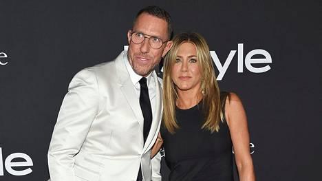 Chris McMillan ja Jennifer Aniston vuonna 2018.