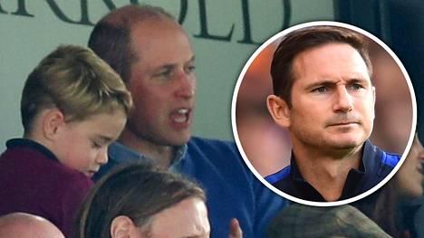 Prinssi William ja hänen poikansa George (vas.) pysyvät Aston Villan leirissä – Frank Lampardin houkutteluista huolimatta.