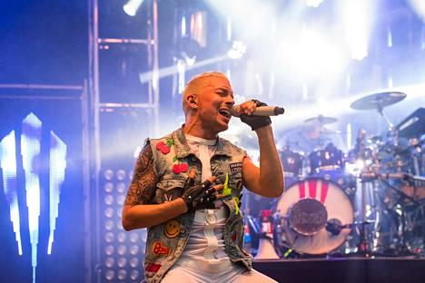 Antti Tuisku esiintymässä Wanaja Festivalilla Hämeenlinnassa 23. heinäkuuta.