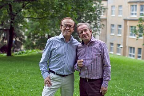 –Meiltä tullaan kyselemään, että mistä tuo kaikki energia löytyy? Ja sitä me vähän itsekin ihmetellään, edelleen kovasti keikkailevat Matti, 65, ja Teppo Ruohonen, 67, nauravat.