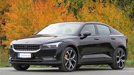 Polestar 2:n linjoissa on paljon Volvoa, mutta samalla sähköautouutuudesta löytyy riittävä määrä omaperäisyyttä.