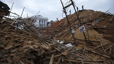 Aukion tuho on surullista katsottavaa.
