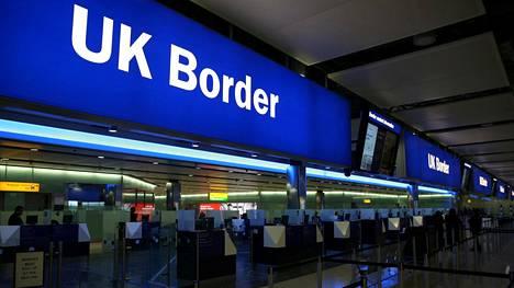 Välikohtaus sattui Heathrow'n lentokentällä Lontoossa.