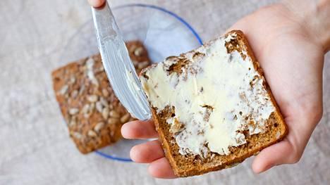 Runsas eläinrasvan käyttö lisää veren kolesterolipitoisuutta, mikä puolestaan lisää valtimotaudin riskiä.