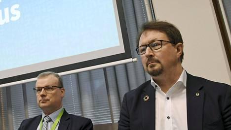 Markku Tervahauta ja Mika Salminen kommentoivat tulevia mahdollisia koronatoimia Helsingin Sanomissa.