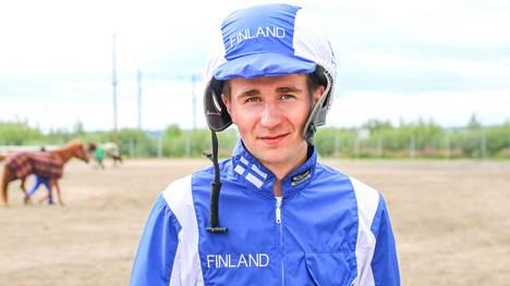 Riku M. Lindgren ohjastaa Euroopan mestaruudesta keskiviikkona.