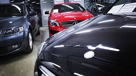 Autokauppaan ehdotetaan suuria muutoksia Suomen ilmastotavoitteiden saavuttamiseksi.