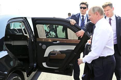 Vladimir Putin tuli Moskovan finaali-illan sateesta Helsingin helteeseen.