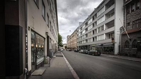 Henkirikos tapahtui Helsingin Lönnrotinkadulla.