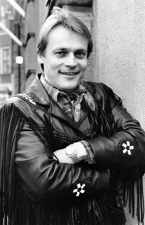 Vuonna 1989 Timo T.A. Mikkonen julkaisi Joulusydän-nimisen jouluaiheisen albumin.