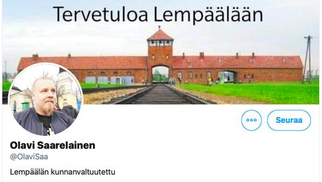 Olavi Saarelainen kertoo vaihtaneensa Twitterin taustakuvansa Lempäälän kunnan pyynnöstä. Hitler-Jugend-kuvan paikalle Saarelainen laittoi kuvan keskitysleiristä.