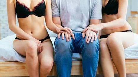 Parinvaihtopiireistä on löytynyt seksin lisäksi myös läheisiä ystäviä.
