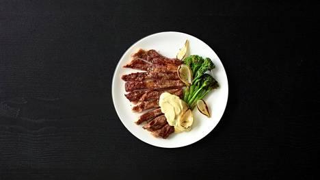 Supermaukkaan lihan maustamiseen et tarvitse muuta kuin ripauksen suolaa ja aavistuksen rouhittua mustapippuria.