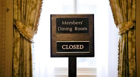 Kongressin edustajainhuoneen päättäjät kokivat oman riitansa seuraukset, kun heidän työpaikkaruokalansa meni kiinni.
