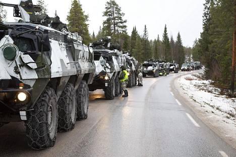 Suomalainen jääkärikomppania Heggerisetin maastossa Norjassa, vuoden 2018 Trident Juncture -harjoituksessa.