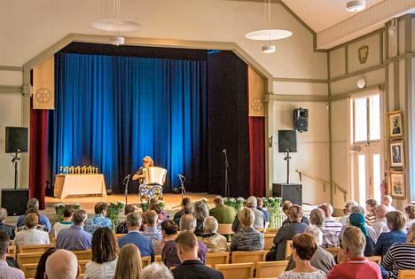 Monitoimitalo Oma Tupa tarjoaa konsertteja Sata-Häme soi -musiikkijuhlan aikana.