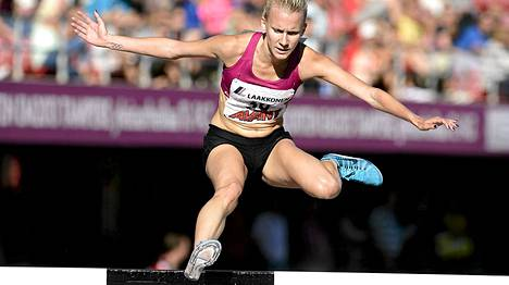 Sandra Eriksson juoksi 3000 metrin esteiden uuden Suomen ennätyksen.