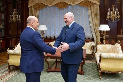 Venäjän pääministeri Mihail Mishustin kävi Aljaksandr Lukashenkan vieraana viime perjantaina Minskissä. Aiheena oli maiden yhteistyön tiivistäminen.