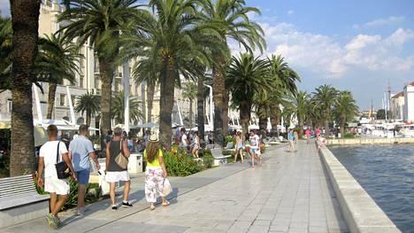 Kroatian Splitiin myydään valmismatkoja monessa matkatoimistossa.