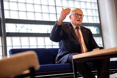 Mikko Hautala on työskennellyt ulkoministeriön palveluksessa vuodesta 1998.