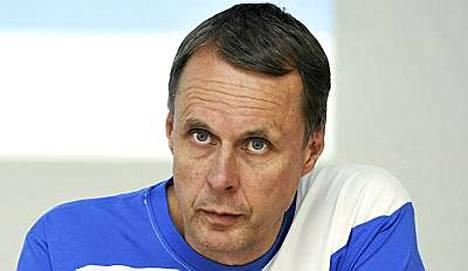 SUL:n valmennsujohtaja Jarmo Mäkelä kertoi Suomen joukkueen tavoitteesta.
