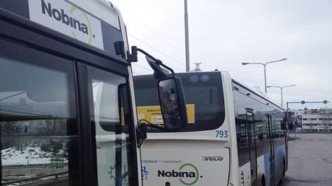 Nobina liikennöi kymmeniä pääkaupunkiseudun bussilinjoja.
