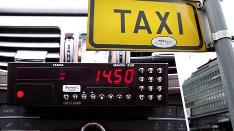 Taksiyrittäjät saavat nyt hinnoitella palvelunsa vapaasti. Siinä tapauksessa, jos kyydin hinta on enemmän kuin sata euroa, kuskin on kerrottava asiakkaalle tästä etukäteen.