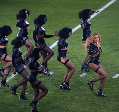 Beyonce otti yleisönsä San Franciscossa.