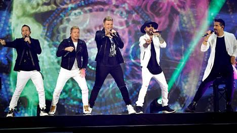 Yksi Backstreet Boysin jäsenistä on osittain suomalainen.