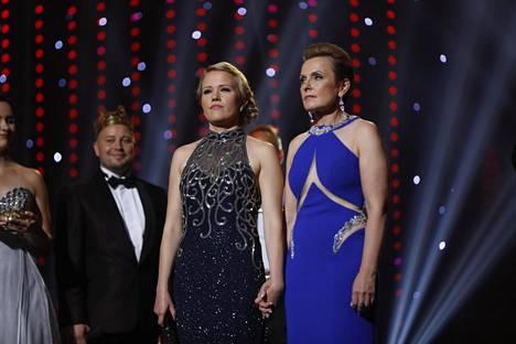 Saana Sassali ja Virpi Piippo selviytyivät superfinaaliin. Piippoa kehuttiin vahvaksi ja kypsäksi tulkitsijaksi. Tuomarit kiittelivät Sassalin herkkyyttä ja karismaattisuutta.