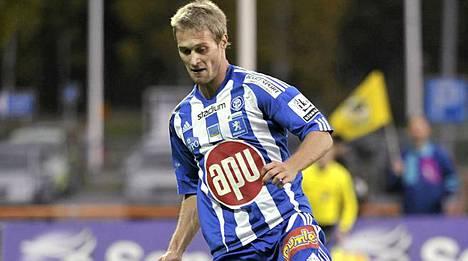 HJK:n Akseli Pelvas onnistui kahdesti maalinteossa.