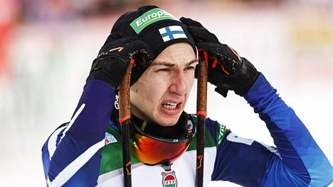Ilkka Herola nosti hiihto-osuudella sijoitustaan 21 pykälää.