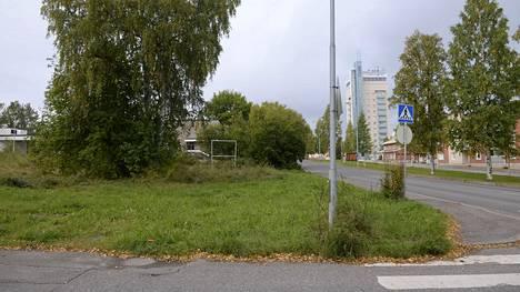 25-vuotias nainen löytyi surmattuna syyskuussa 2017 Raahen keskustan tuntumassa sijaitsevalta tyhjältä tontilta.