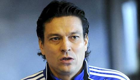 Jari Litmanen kommentoi maajoukkueasioita.